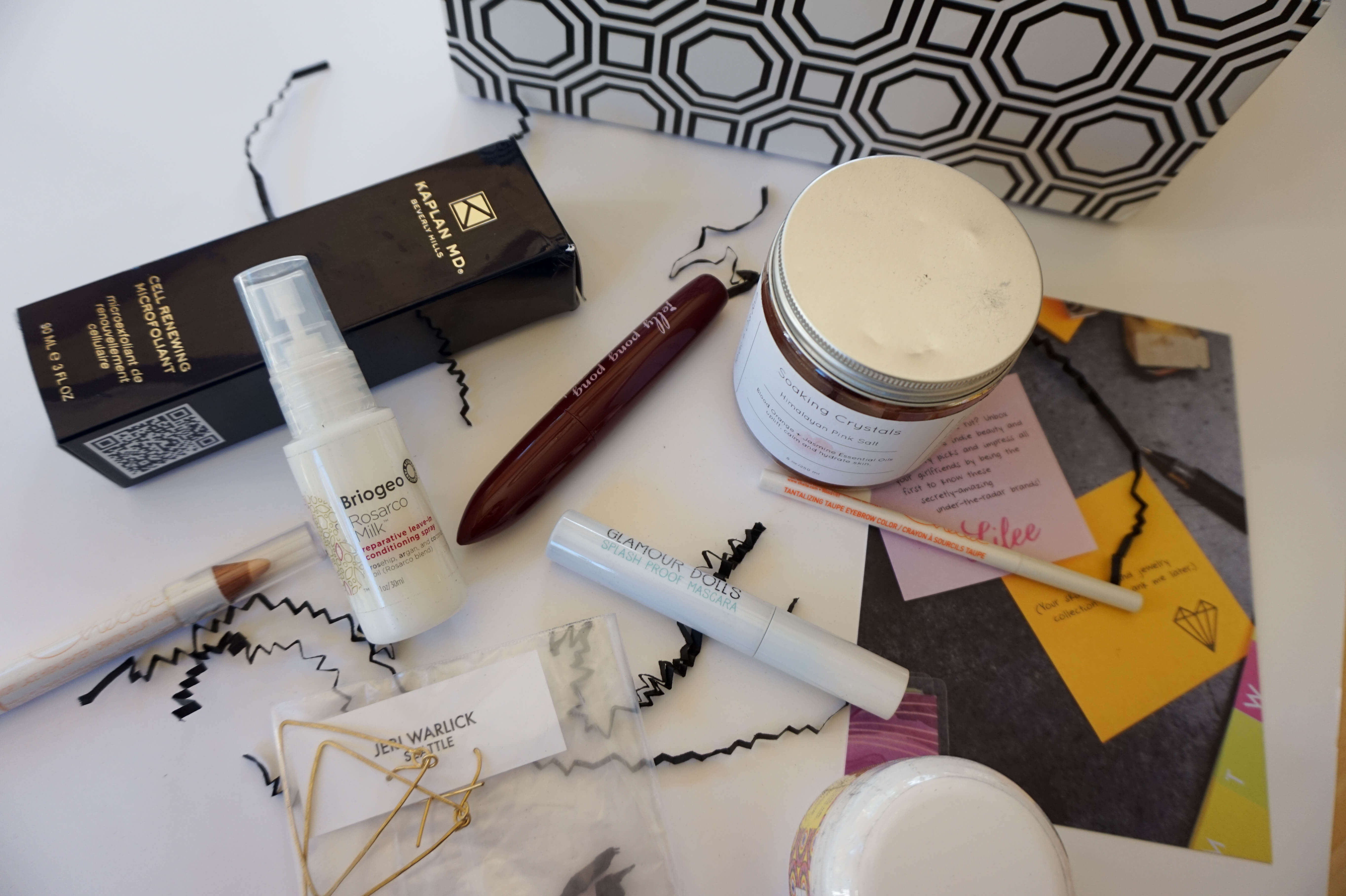 Lilee: Subscription Box Review | The Blonder Life
