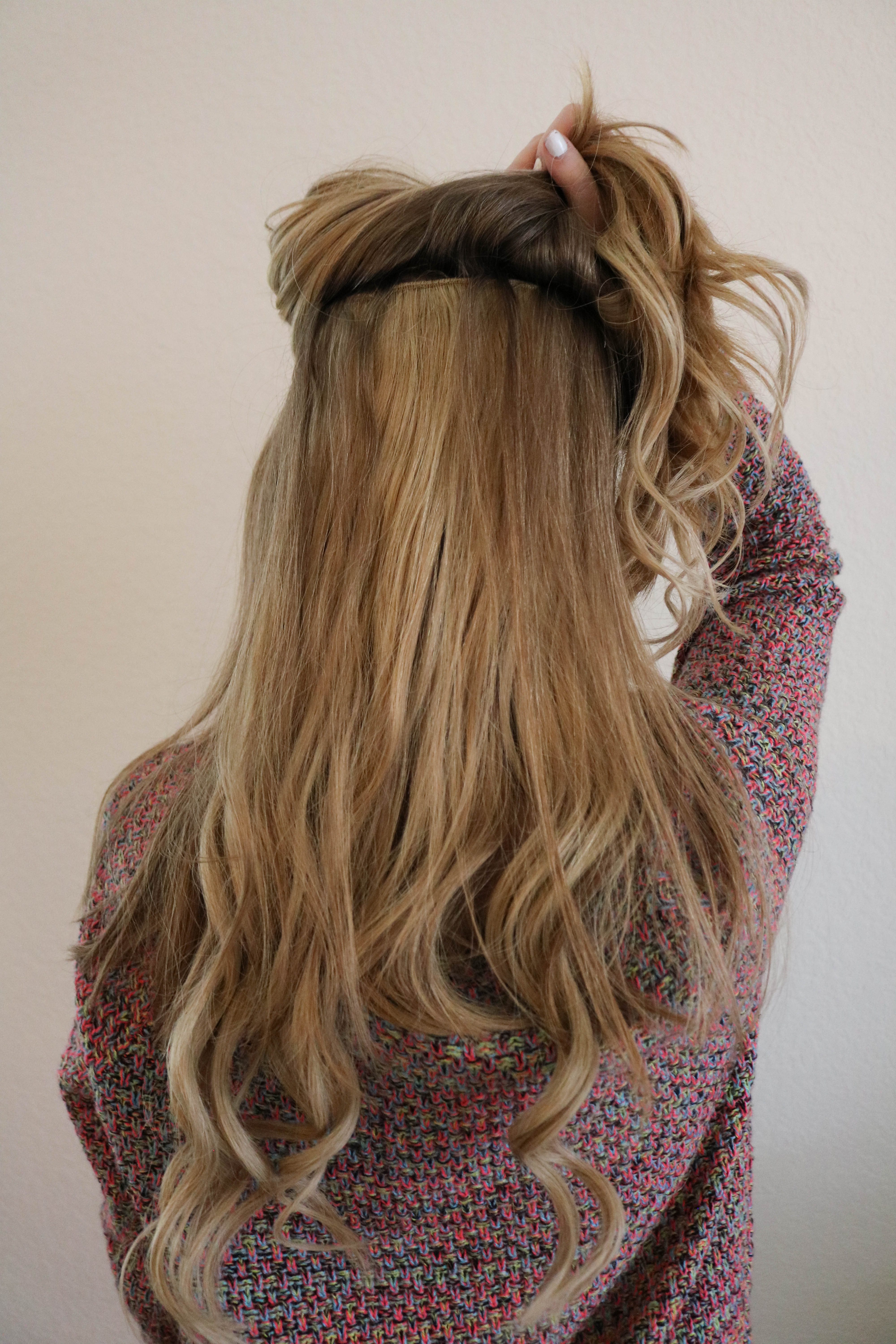 A Beginners Guide To Hair Extensions | How to put them in, what color to pick and how they will look on - The Blonder Life