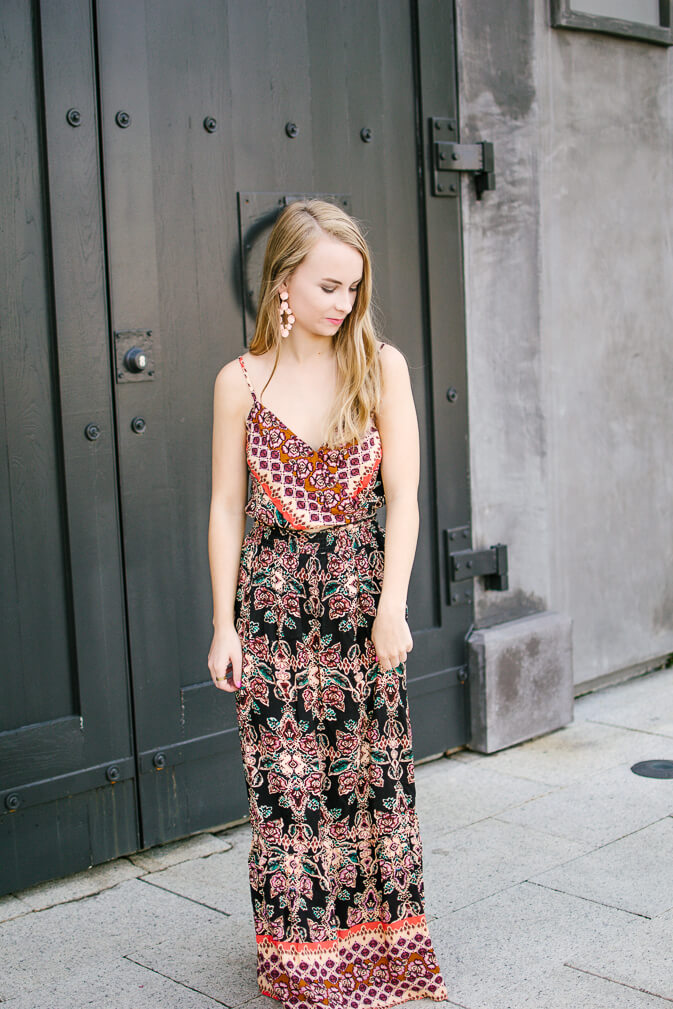 If I had to narrow down just one favorite trend of the summer it would hands down be two piece sets! I love them so much. They're so easy to throw on and go, yet you look so put together! I'm a big fan of pieces that are easy to style and leave you feeling extra confident about yourself | The Blonder Life