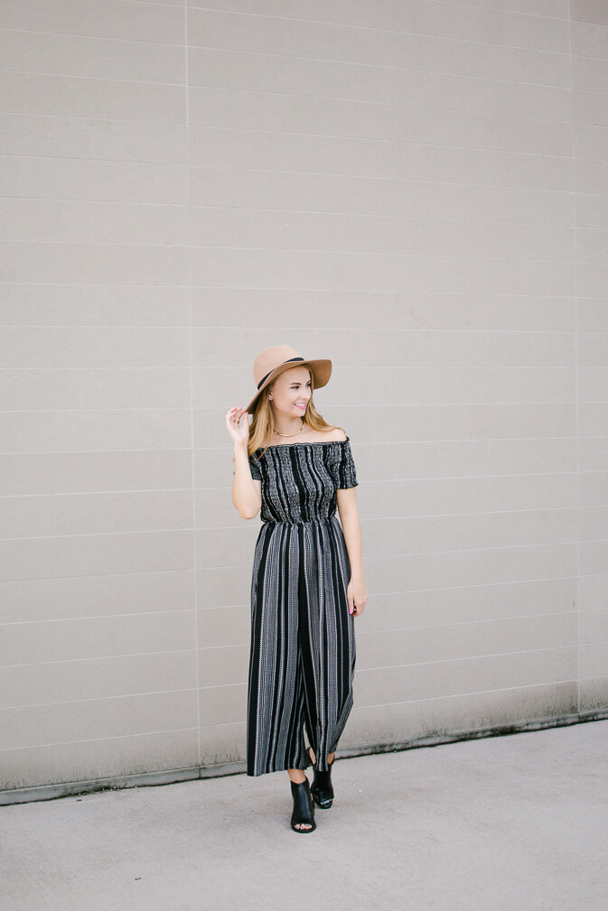 Perfect summer jumpsuit that you can easily transition into fall. Sharing a summer jumpsuit & 3 of my favorite christian podcasts. Podcasts I've been loving | The Blonder Life