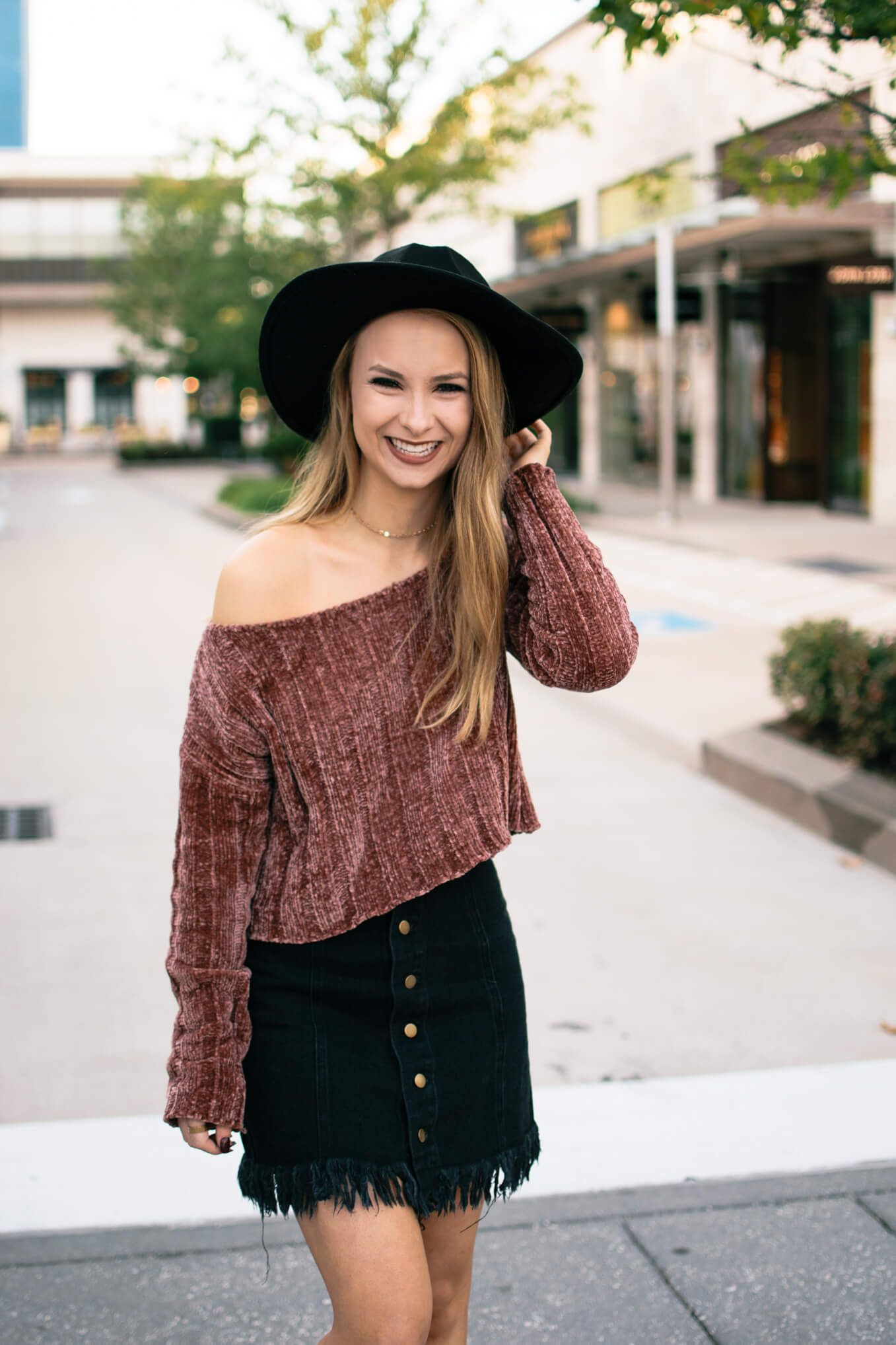 Chenille sweater under $20. The comfiest sweater for a perfect everyday look. The Blonder Life